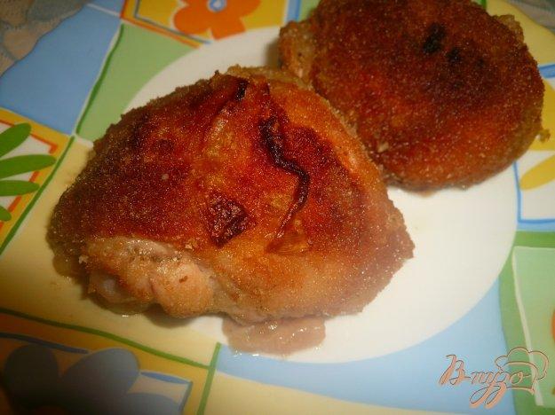 фото рецепта: Куриные бедра запеченные в панировке