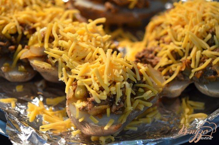 Фото приготовление рецепта: Слоппи запеченный картофель шаг №5