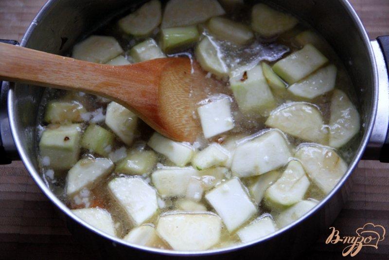 Фото приготовление рецепта: Суп-пюре из цуккини шаг №3