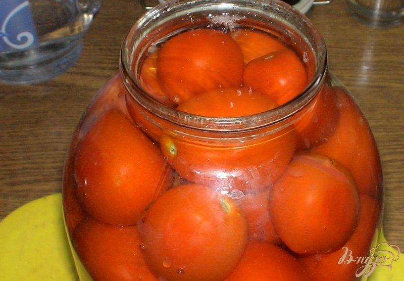 Фото приготовление рецепта: Консервированные помидоры проще простого шаг №4