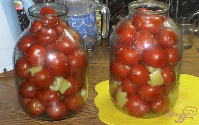 Фото приготовление рецепта: Консервированные помидоры проще простого шаг №3