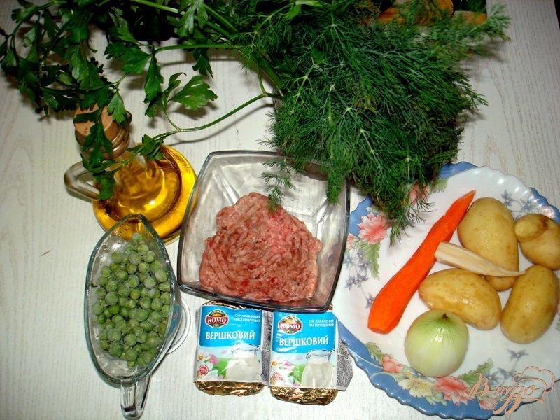 Фото приготовление рецепта: Суп с фрикадельками и сырочками шаг №1