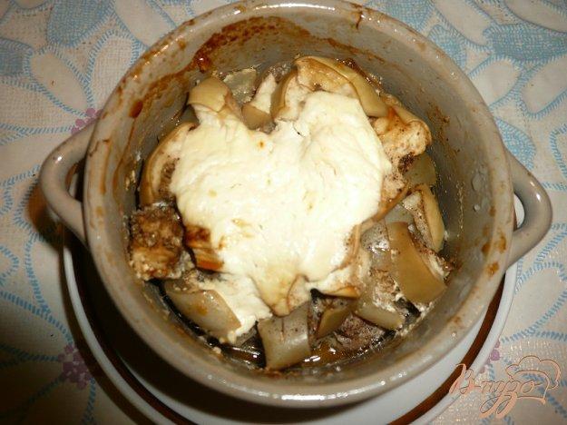 Рецепт Свинина с баклажанами в горшочках