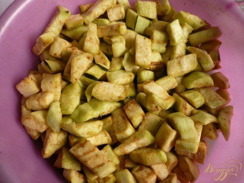 Фото приготовление рецепта: Густой соус из баклажанов шаг №3
