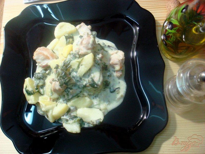 Фото приготовление рецепта: Курица со шпинатом шаг №7