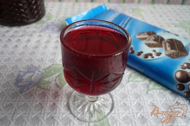 фото рецепта: Домашний вишневый ликёр без вишни