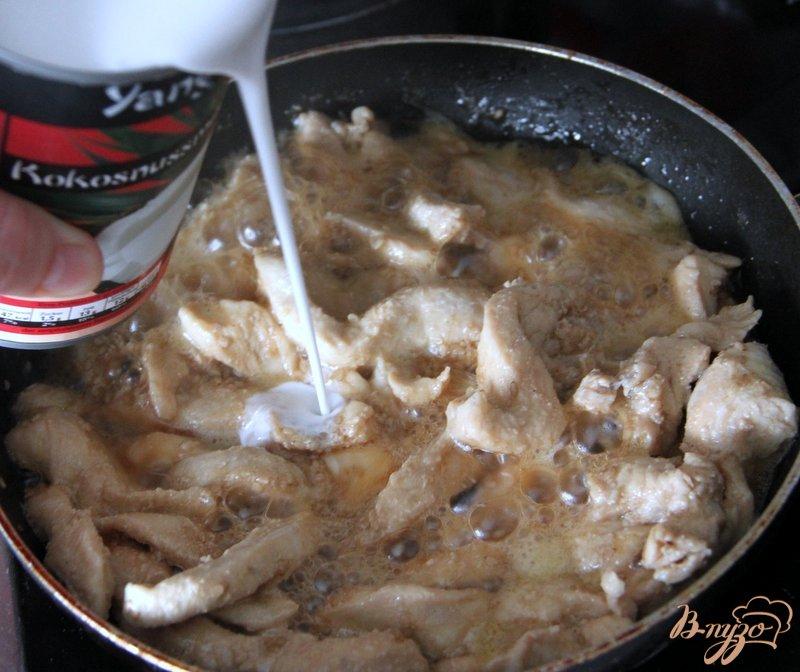 Фото приготовление рецепта: Куриные кусочки по-азиатски шаг №4