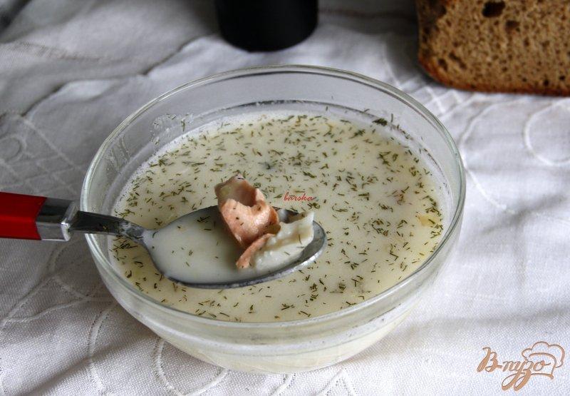 Фото приготовление рецепта: Сливочный суп с рыбой шаг №9