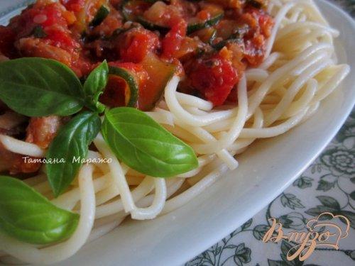 Спагетти с соусом из цукини и сардин