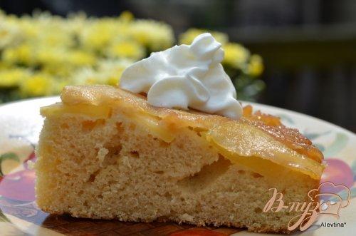 Перевернутый кекс с имбирным яблочным вкусом
