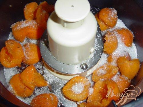 "Десерт с абрикосами и ежевикой ""По мотивам тирамису"""