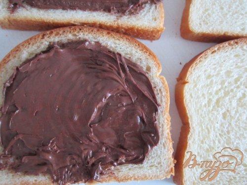 Тосты с карамелизированными грушами и шоколадом