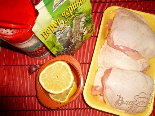 Куриные бедрышки с чесночком и лимонным соком