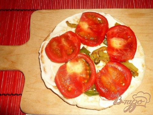 Пита с овощами и сыром