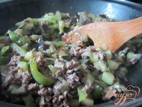 Лазанья с мясным фаршем и овощами