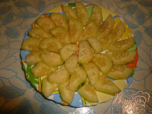 Салат из свежих огурцов с мёдом