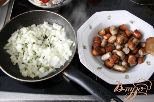 Гратин из пасты, брокколи и сосисок