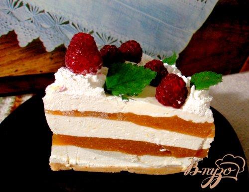 Торт персико - малиновый без выпечки
