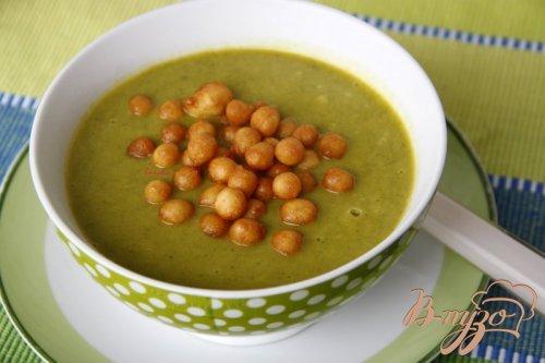 Суп-пюре из брокколи, лука-порея и тыквы