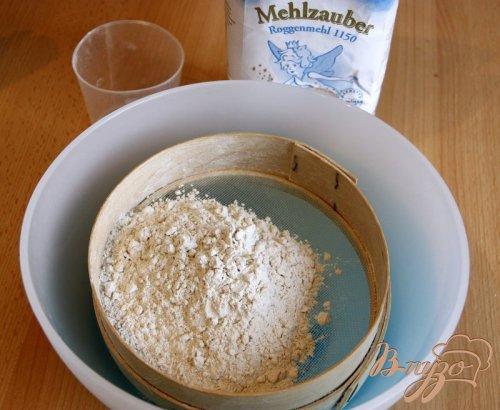 Хлеб из ржаной, цельнозерновой и пшеничной муки