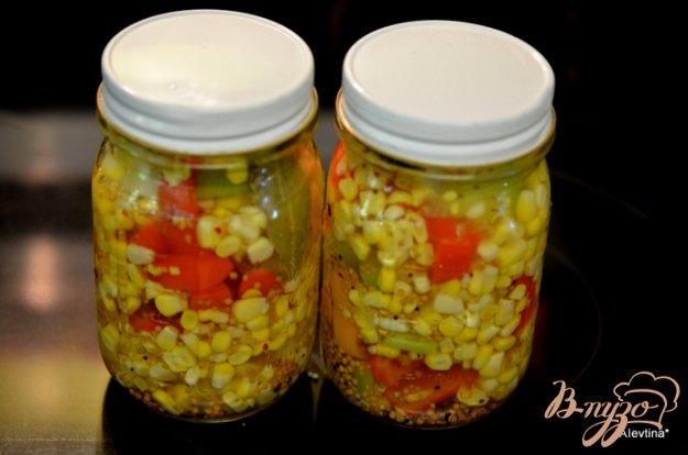 фото рецепта: Маринованная кукуруза с перцем сладким