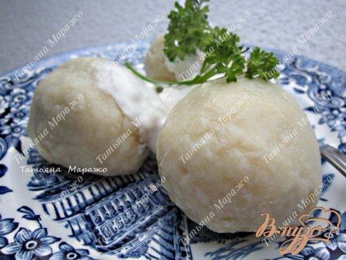 Картофельно-творожные  галушки с грибами