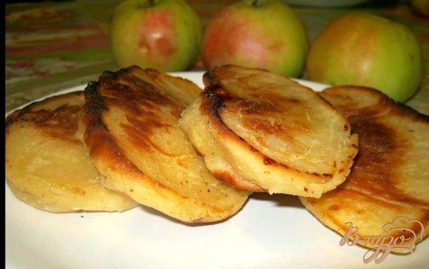 Рецепт Жареные пирожки с яблоками на кефирном тесте