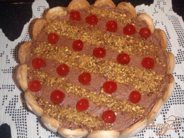 Рецепт Торт с шоколадным муссом и карамелизироваными орехами