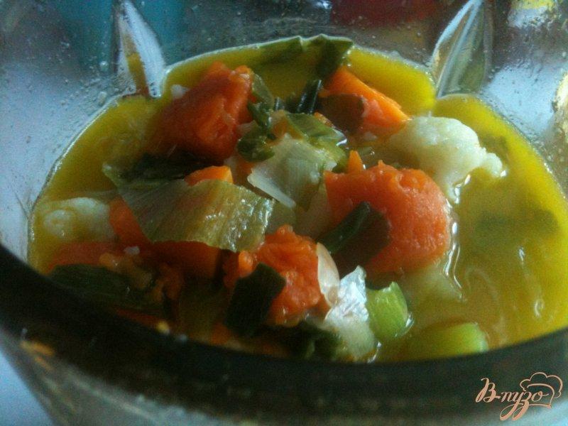 Фото приготовление рецепта: Тыквенный суп с  сырными клецками шаг №9