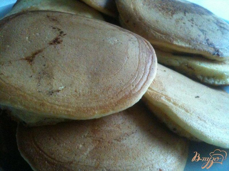 Фото приготовление рецепта: Оладьи с яблоком шаг №7