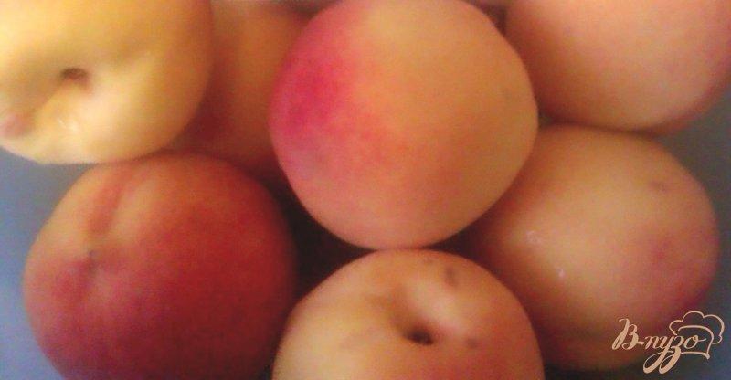 Фото приготовление рецепта: Конвервированные персики в легком сиропе шаг №1