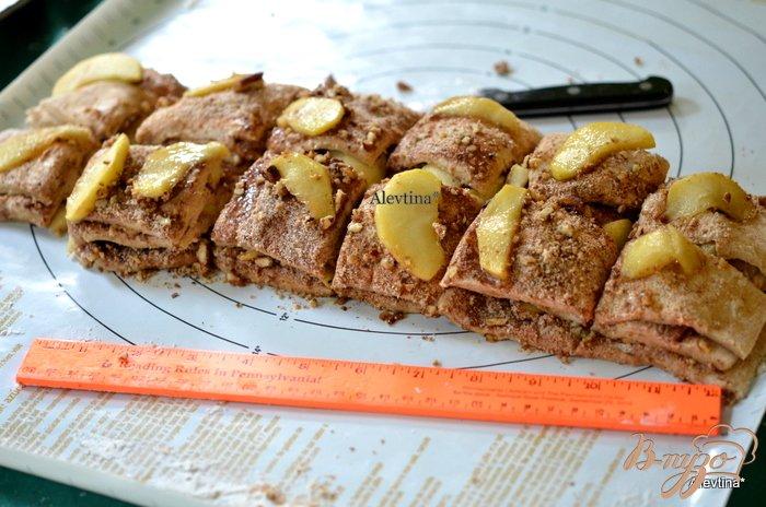 Фото приготовление рецепта: Яблочный карамельный фантанс шаг №8