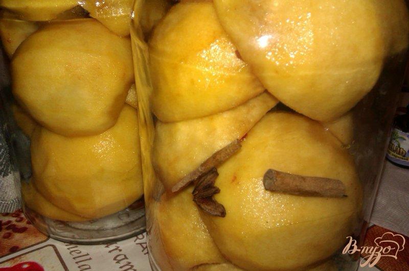 Фото приготовление рецепта: Пряные консервированные персики шаг №4