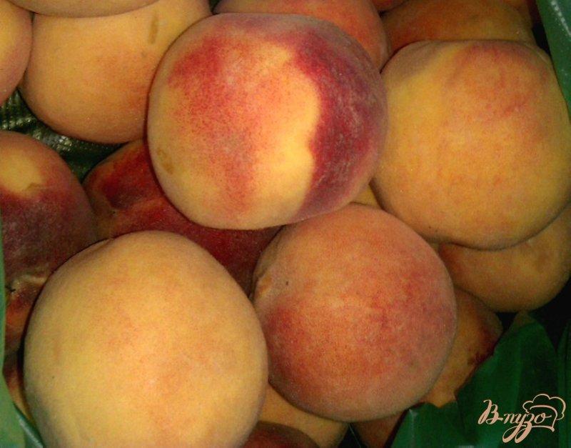 Фото приготовление рецепта: Пряные консервированные персики шаг №1