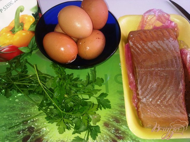 Фото приготовление рецепта: Паста из сыра тофу и подкопченной форелью шаг №1