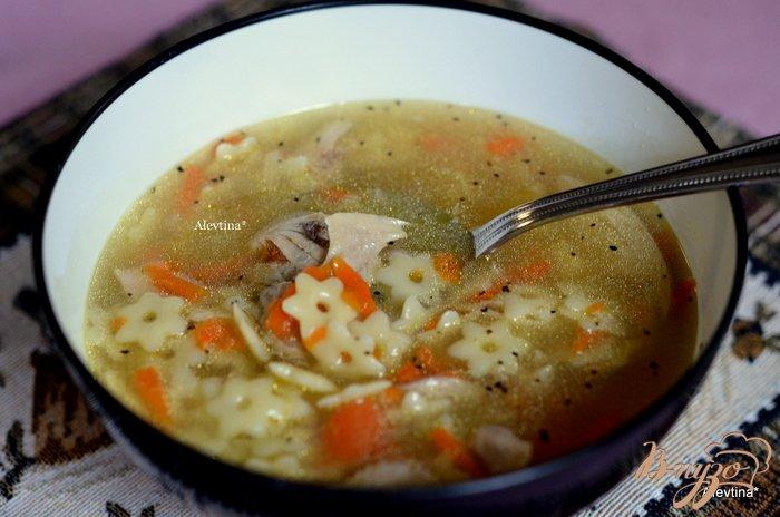 Фото приготовление рецепта: Куриный суп  с звездочками шаг №6