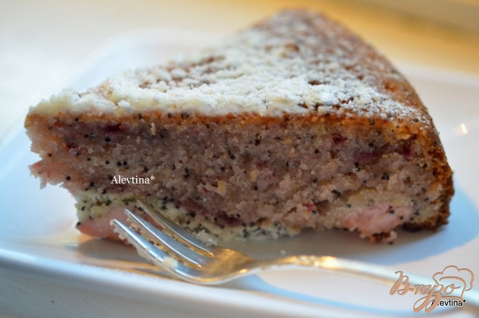 Фото приготовление рецепта: Быстрый кекс с маком и вареньем шаг №4