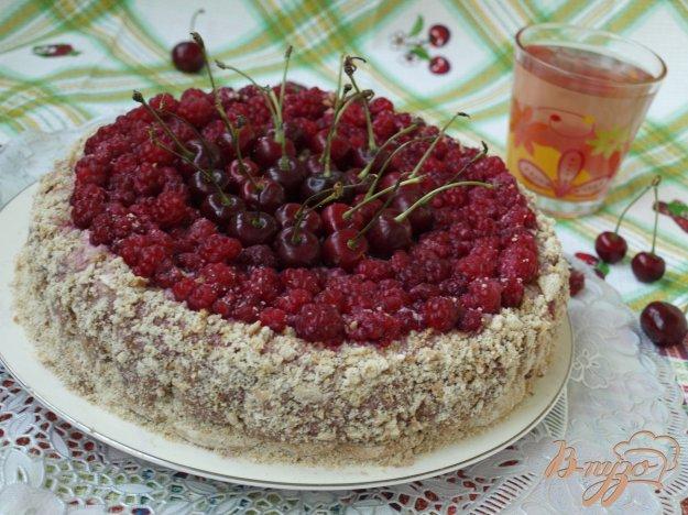 Рецепт Торт из пряников с ягодами