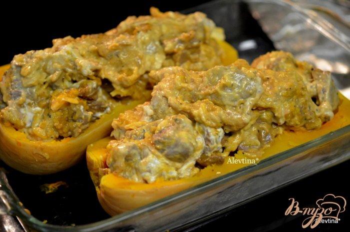 Фото приготовление рецепта: Фаршированная тыква  с говядиной и сыром шаг №6