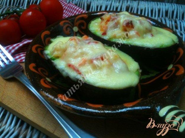 Рецепт Авокадо запеченные с креветками и сыром