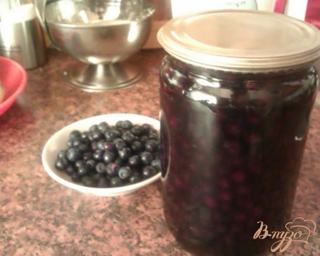 Рецепт Черника в легком сиропе на зиму