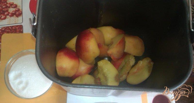 Фото приготовление рецепта: Персиковый джем в хлебопечке шаг №1
