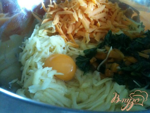 Картофельная тортилья со шпинатом и сладким перчиком
