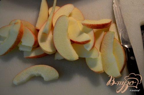 Куриные ножки в беконе с яблоками