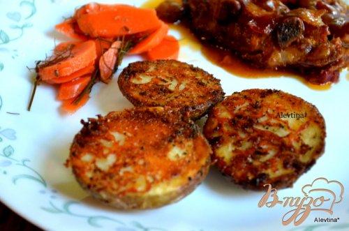Картофель с пармезаном и  специями