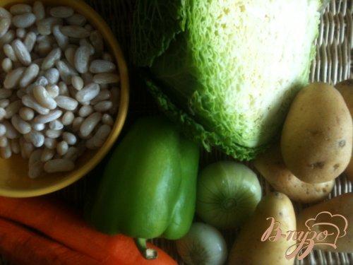 Суп из савойской капусты с белой фасолью