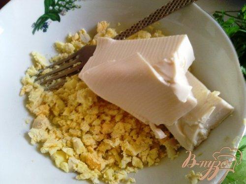 Паста из сыра тофу и подкопченной форелью