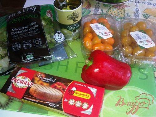 Овощной салат с камамбером