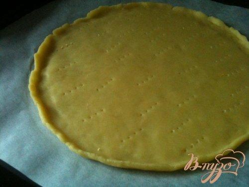 Закусочный тарт с маринованным луком