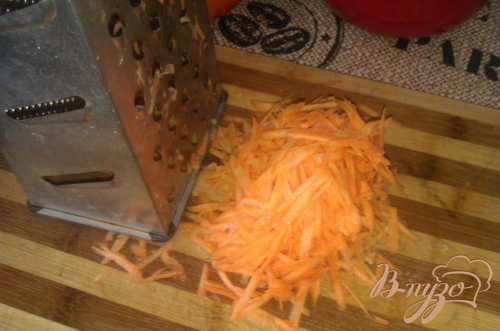 Картофель с тушенкой в горшочках